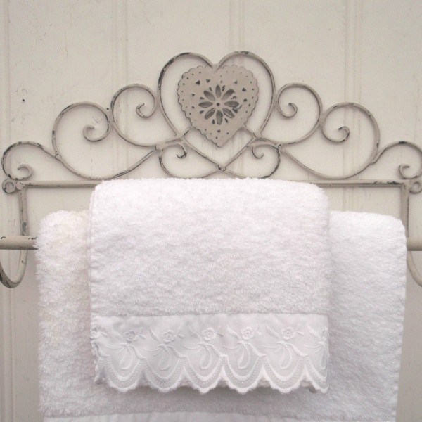Small Shabby Chic Heart French Grey Wall Mounted Towel