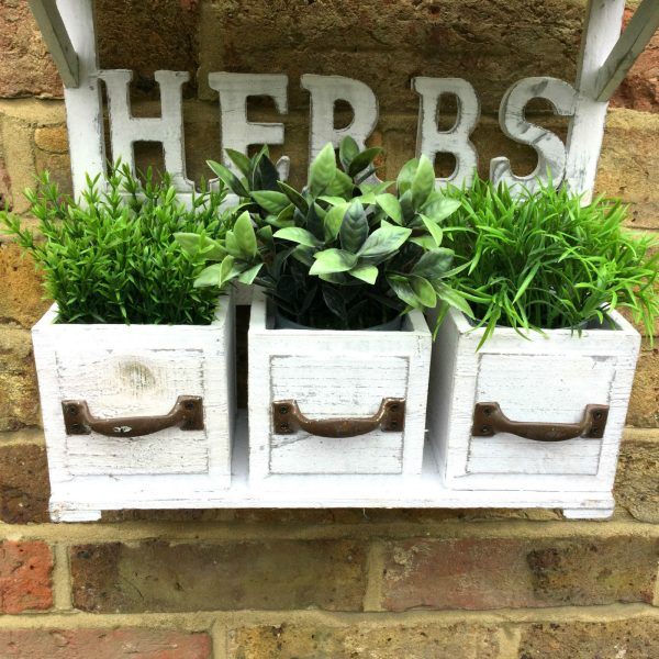 Shabby Chic Vintage Style Wooden Wall Garden Planter Pots