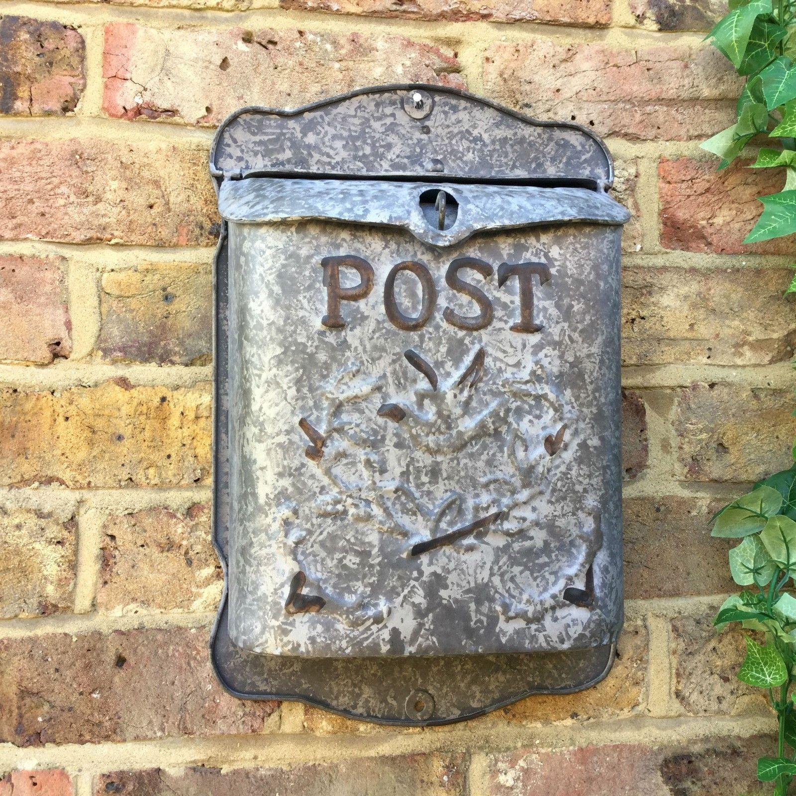 Vintage Style Metal Post Box Wall Mounted Letterbox Metal